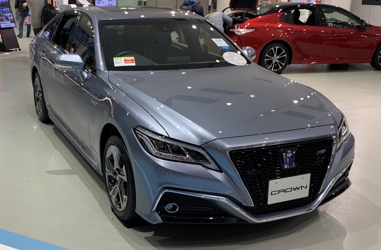 Toyota Crown RS